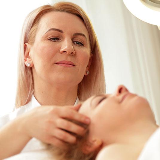 NK hautnah Kosmetikstudio Karlsruhe – Übersicht Kosmetikerin